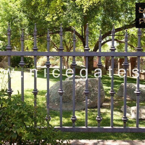 Hàng rào sắt không rỉ SR204