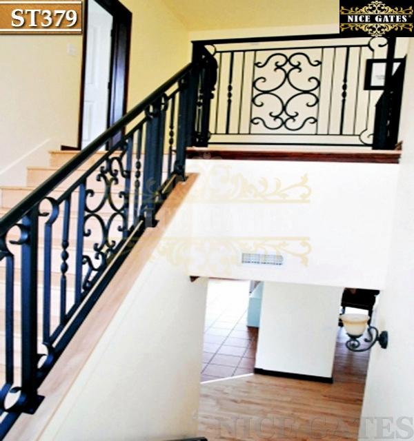 Mẫu cầu thang sắt đẹp ST379