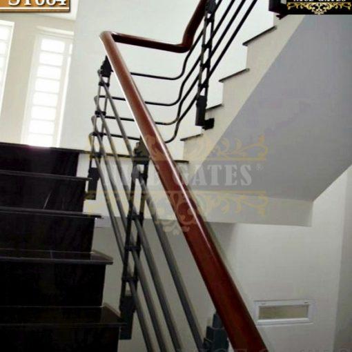 Cầu thang sắt nhà phố -ST064