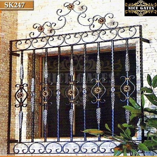 Khung cửa nghệ thuật- SK247