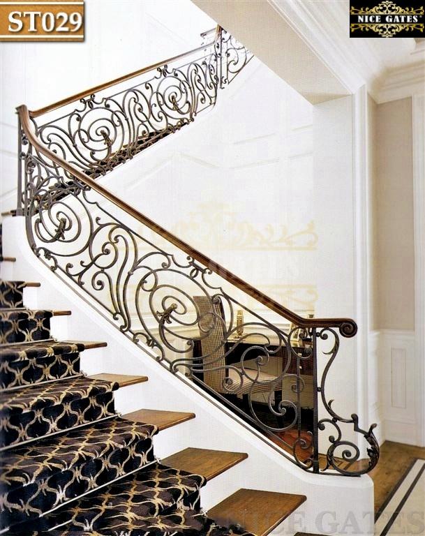 Cầu thang sắt mặt gỗ -ST029