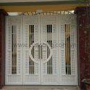 Cửa cổng sắt hộp HC006