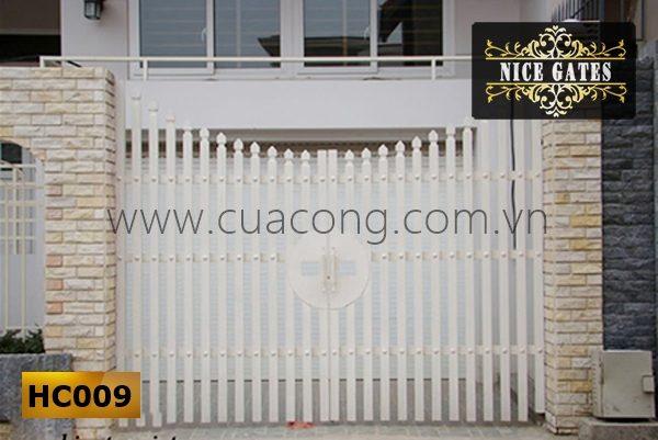 Cửa cổng sắt hộp HC009