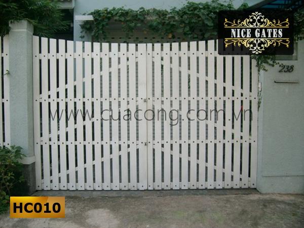 Cửa cổng sắt hộp HC010