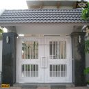 Cửa cổng sắt hộp HC017