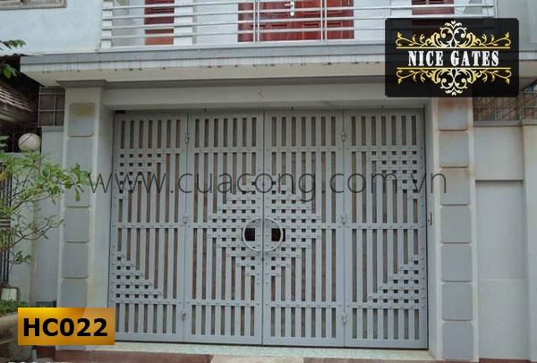 Cửa cổng sắt hộp HC022