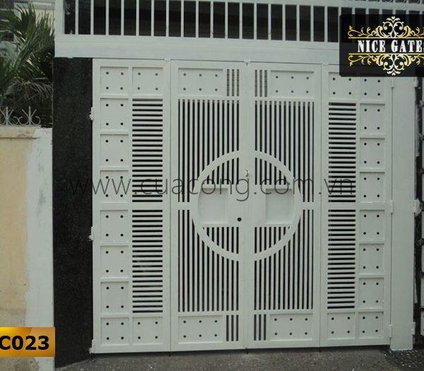 Cửa cổng sắt hộp HC023