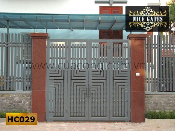 Cửa cổng sắt hộp HC029
