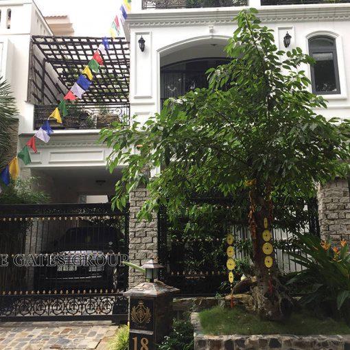 cua-cong-dep-1743