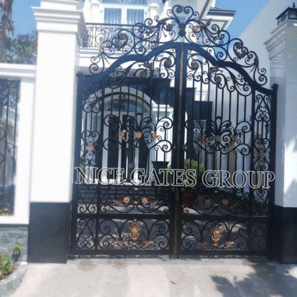 Những mẩu cổng sắt đẹp cho biệt thự