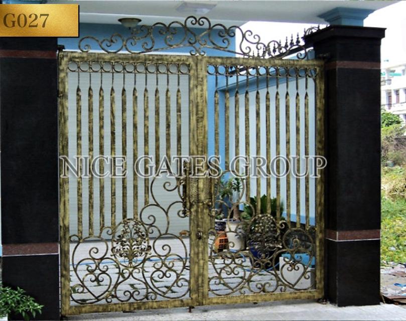 Cửa cổng sắt mỹ thuật cao cấp - G027