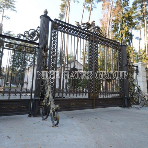 Mẫu cổng cnc đẹp sang trọng cho biệt thự - G1810
