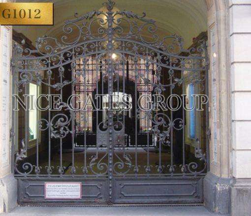 Thiết kế cửa cổng biệt thự đẹp