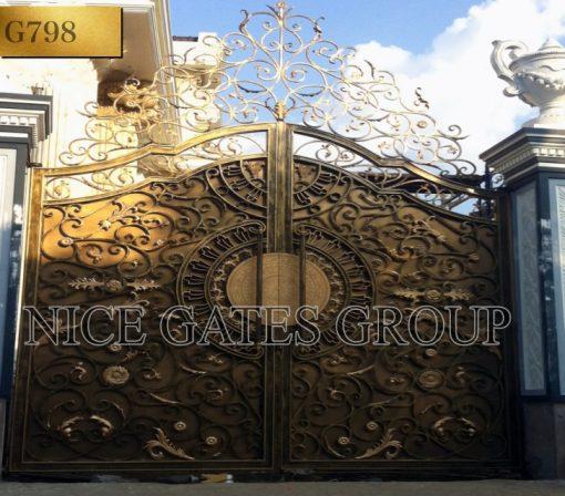 Khám phá những mẫu cửa cổng sắt mỹ thuật siêu đẹp dành tặng cho ngôi nhà của bạn.