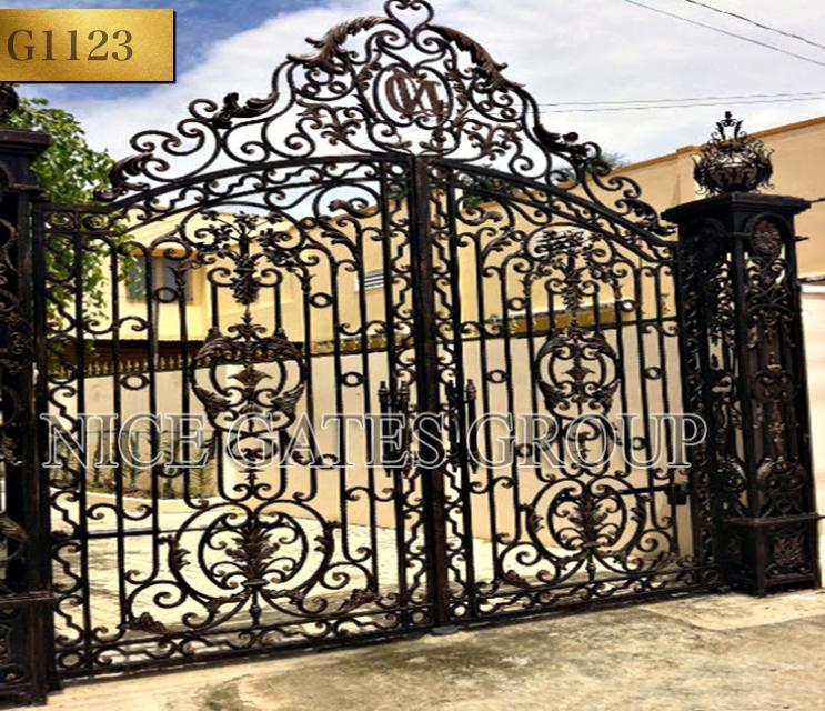 Những mẫu cổng sắt đẳng cấp dành cho biệt thự
